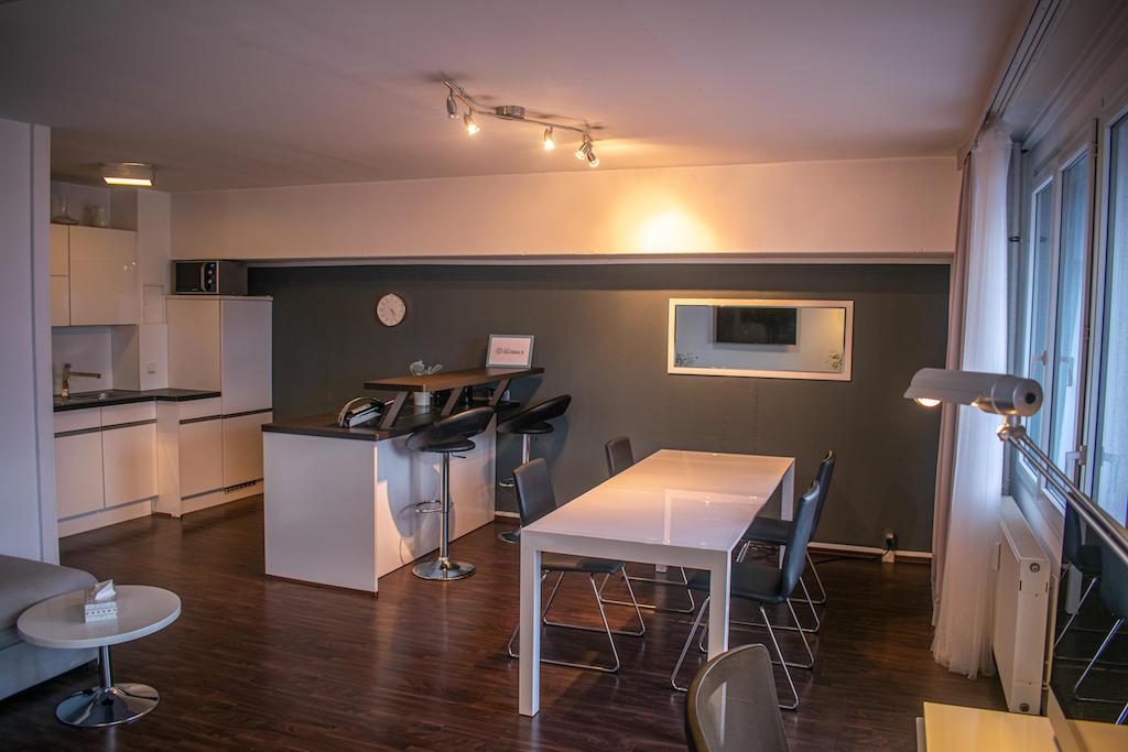 GLOBALS Sky Lounge Kitchen